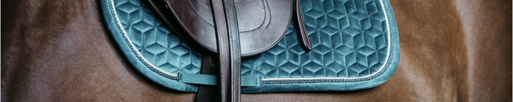 Jumping Saddle Pads for Horse Riding