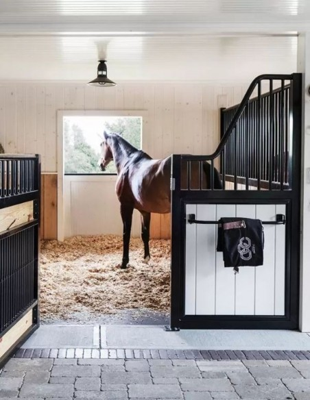 Stable Accessories & Horse Tack Room